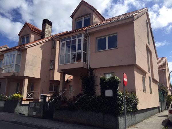 Chalet En Alquiler, Oleiros, Coruña